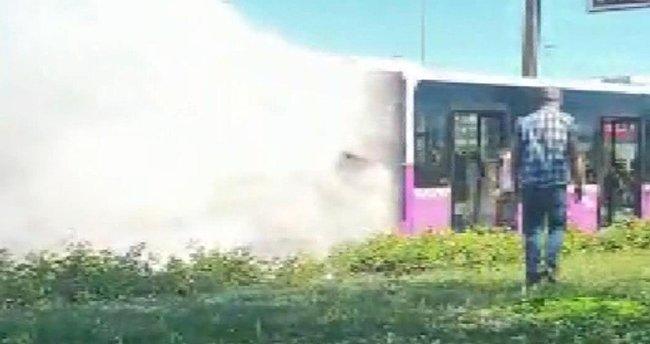 İstanbul'da yolcu otobüsünde yangın paniği!