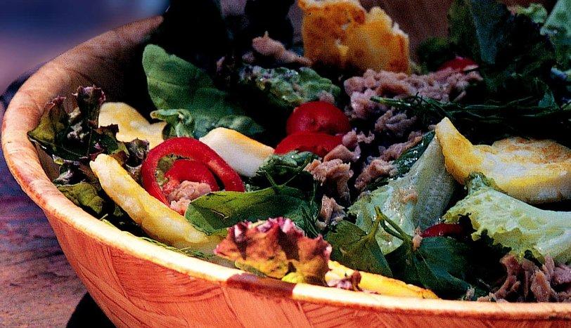 Hellim Peynirli Yaz Salatası