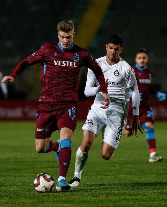 Trabzonspor'dan bir transfer daha! Genç isim...