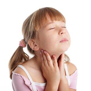 Yetişkinlerde çocuklarda kabakulak nasıl olur? Belirtileri nelerdir? Kabakulak olunca ne yapılmalı?