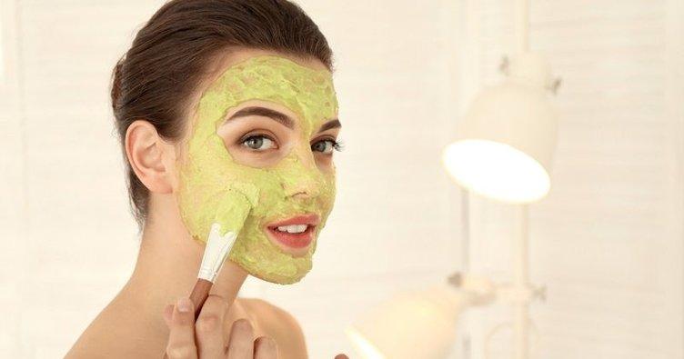Yağlı ciltler için sivilce kurutucu maske tarifleri: Evde sivilce maskesi nasıl hazırlanır?