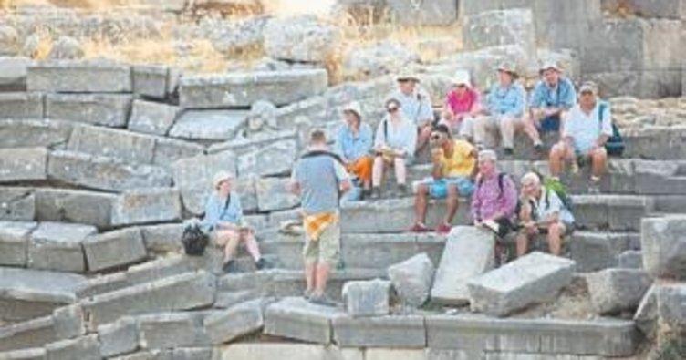 Tarihe mekanlara turist ilgisi artıyor