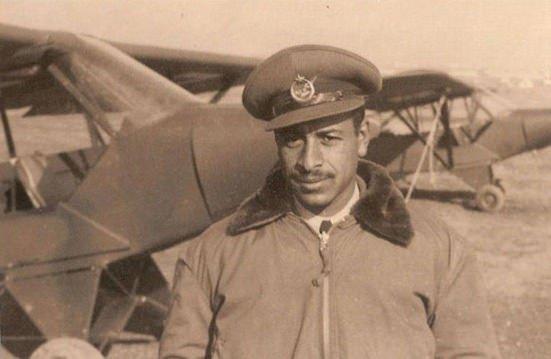 Dünyanın ilk siyah pilotu: Arap Ahmet