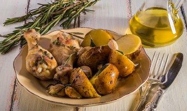 Fırında patatesli tavuk tarifi… Fırında patatesli tavuk nasıl yapılır?