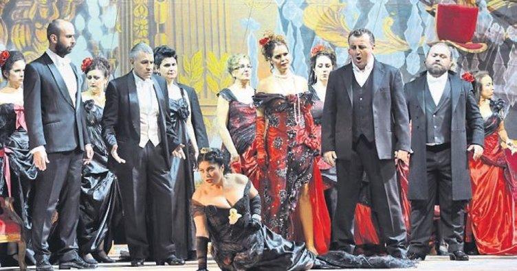 Verdi'nin ünlü operası İstanbul'da sahnelendi