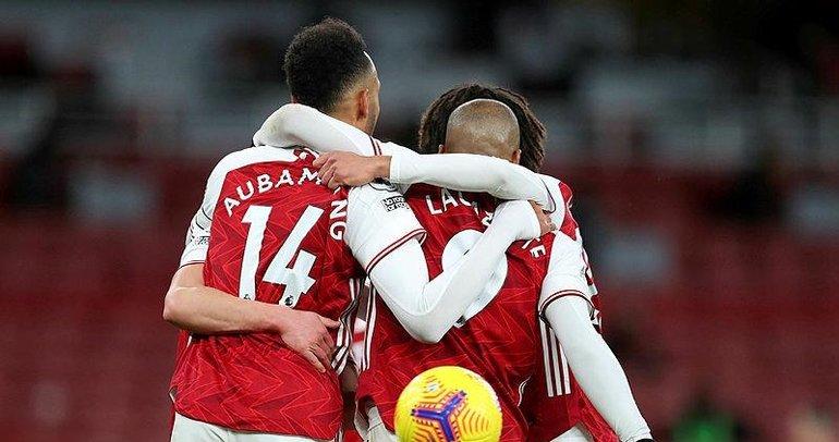 Arsenal ikinci yarıda açıldı!