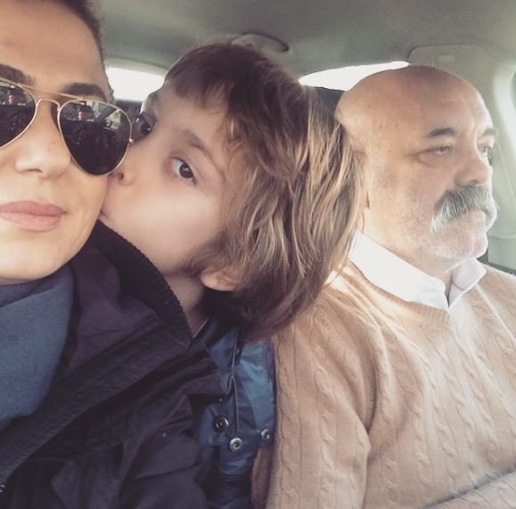 Tülin Şahin bebeğiyle ilk fotoğraflarını sosyal medyadan paylaştı! Tülin Şahin 'Allah'ım kelimeler yetersiz'