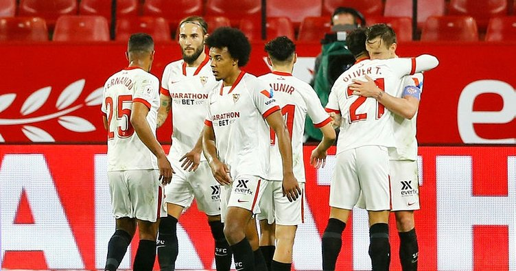 Sevilla, Barcelona'yı yendi, avantajı kaptı!