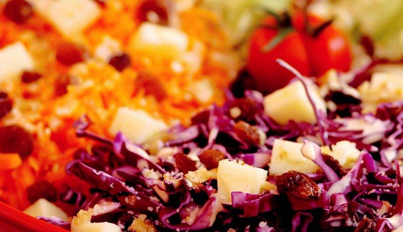 Hardal Soslu Salata
