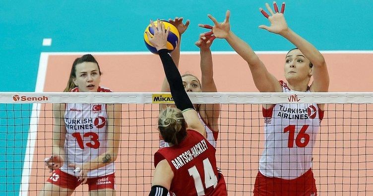 Son dakika: A Milli Kadın Voleybol Takımı gümüş madalyada kaldı