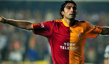 Mustafa Sarp kimdir?