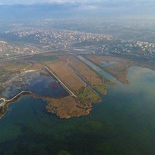 Kanal İstanbul'a komşu projeler yaşadı