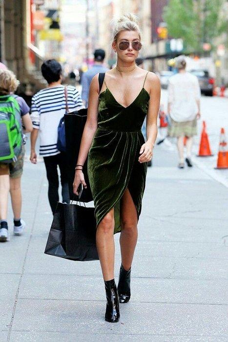 Kadife anneanne sandıklarından çıktı ve 2016 modasına damga vurdu