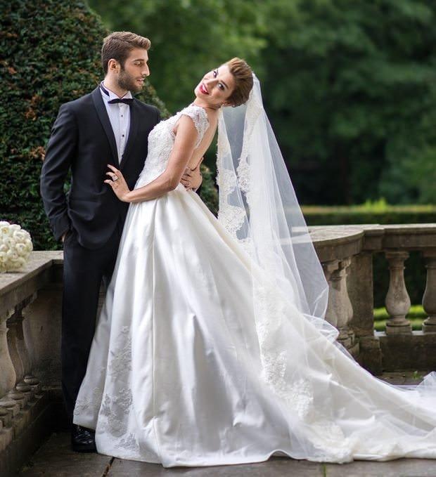 Ebru Şancı ile Alpaslan Öztürk şatoda düğün yaptı