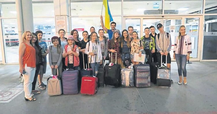 Savaş mağduru çocuklar Antalya'da