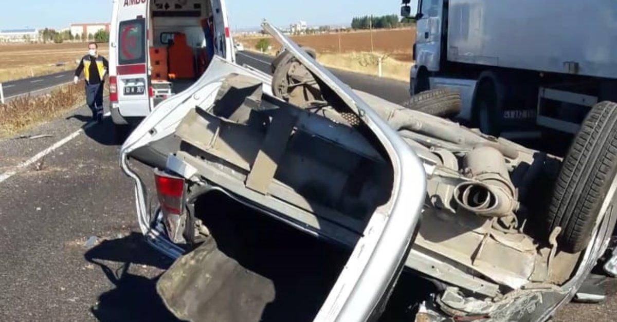 Araç takla attı, 3 kişi yaralandı