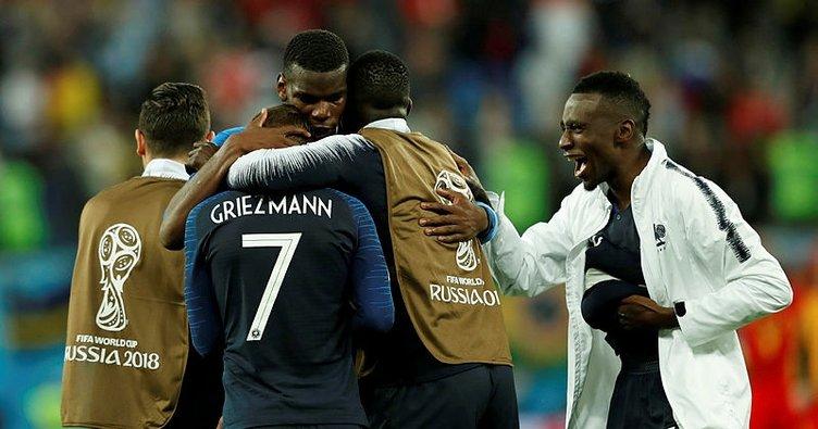 Fransa, tarihinde üçüncü kez Dünya Kupası finalinde