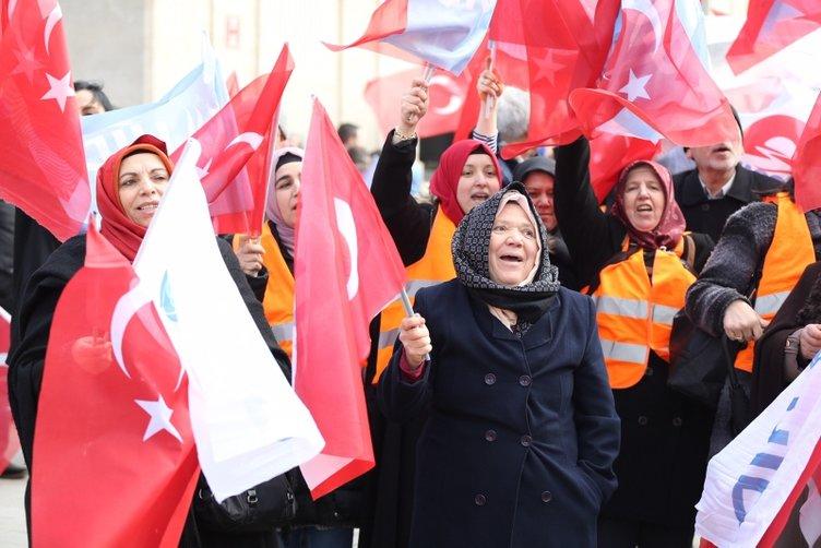 Brüksel'deki Türkler Cumhurbaşkanı Erdoğan'ı böyle bekledi