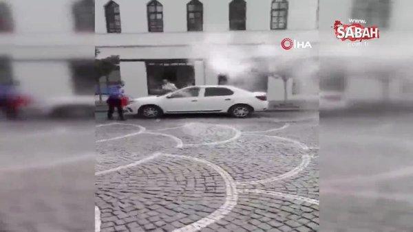Yasak yere park edilen araçta yangın çıktı | Video