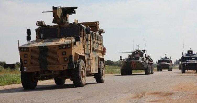 Hakkari'de araç kazasında 1 askerimiz şehit oldu