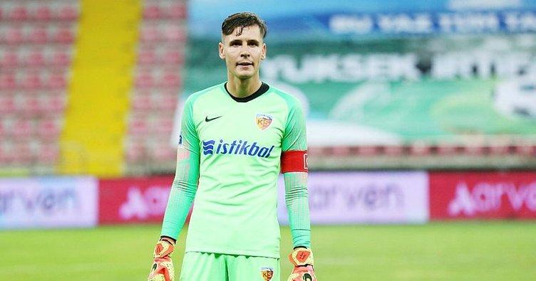 Süper Lig'in en başarılı kalecisi Lung