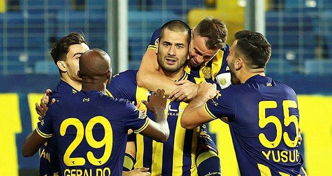 TFF 1. Lig'de Eren Derdiyok fırtınası! Ankaragücü formasıyla...