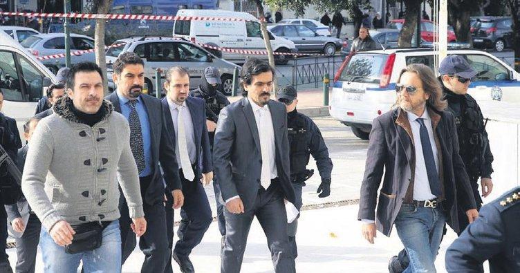 Interpol FETÖ'cü hainlerin ensesinde