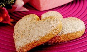 Az malzemeli kurabiye tarifi...Az malzemeli kurabiye nasıl yapılır?