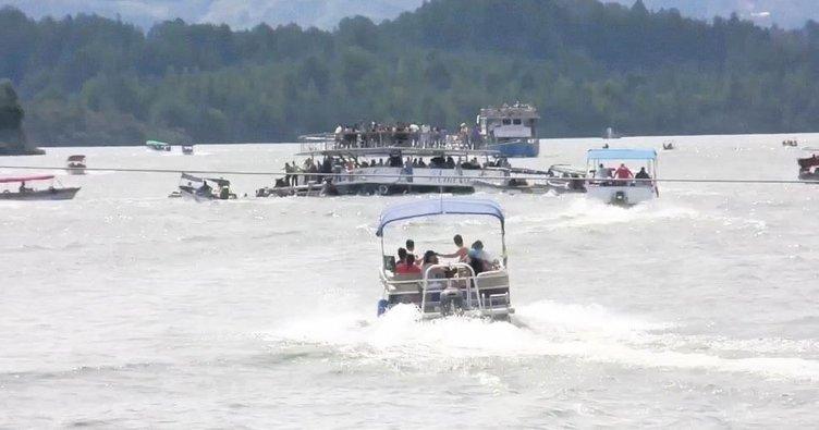 Batan teknedeki 31 kayıp aranıyor