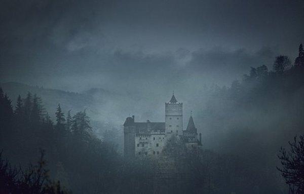 Drakula'nın şatosunda 70 yıl sonra bir ilke imza atacak 2 kişi aranıyor