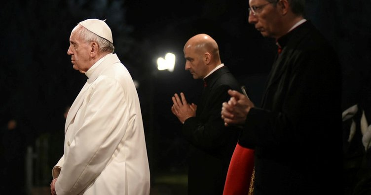 Papa'nın Mısır ziyareti başlıyor