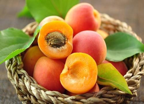 Yaz meyveleri şifa saçıyor