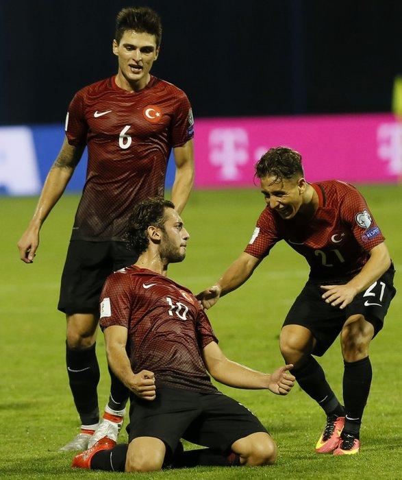 Türkiye-Hırvatistan maçından kareler