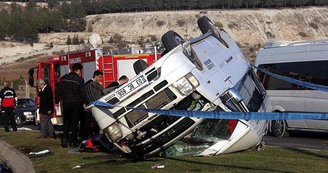 Şanlıurfa'da okul servisi devrildi: 26 yaralı!