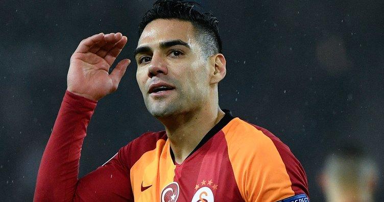 Galatasaray'dan flaş transfer harekatı! Radamel Falcao'nun yerine o geliyor