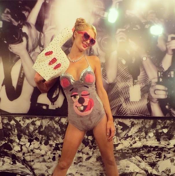 Paris Hilton Miley olursa!