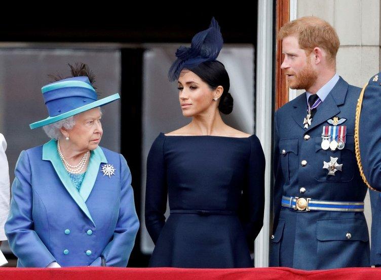 Buckingham Sarayı duyurdu! Kraliçe Elizabeth'in 94'üncü doğum gününe koronavirüs engeli!