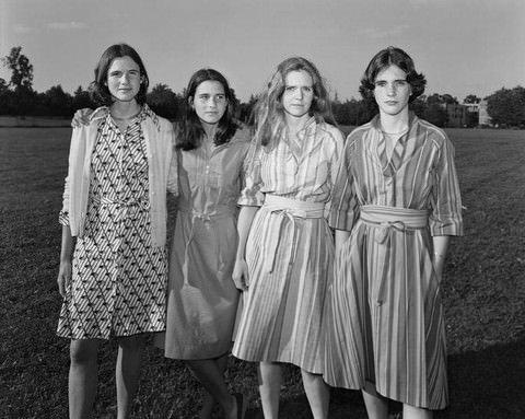 40 yılda 40 portre çektiren kız kardeşler