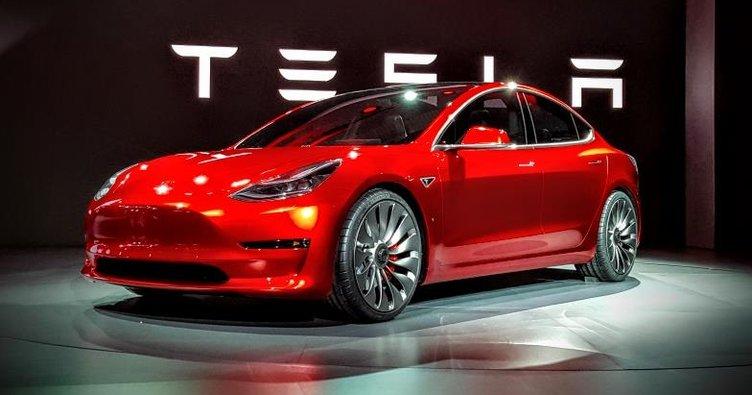 Tesla Model 3 cuma günü satışa çıkıyor