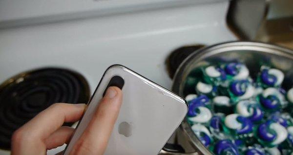 iPhone X'i bulaşık makinesi deterjanıyla pişirdiler