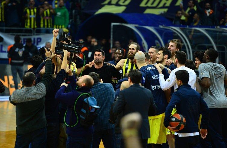 Volkan Demirel'den Galatasaraylıları çıldırtan tezahürat!