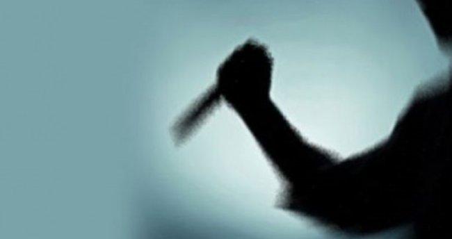 İzmir'de genç bir kadın bıçakla öldürüldü