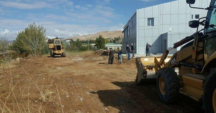 Pertek Su Sporları Merkezi'nde çevre düzenlemesi