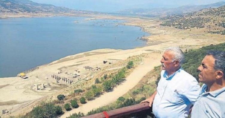 Bilinçsiz kullanım Beydağ Barajı'nı boşalttı