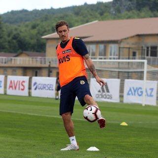 Max Kruse, Fenerbahçe ile ilk antrenmanına çıktı