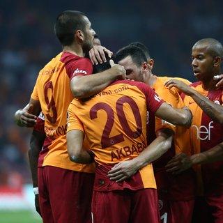 Fenerbahçe'den son dakika transfer haberi geldi! Galatasaraylı oyuncu imzayı atıyor