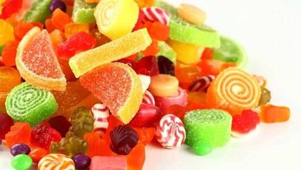 1 yıl boyunca şeker yemeyen ailenin değişimi