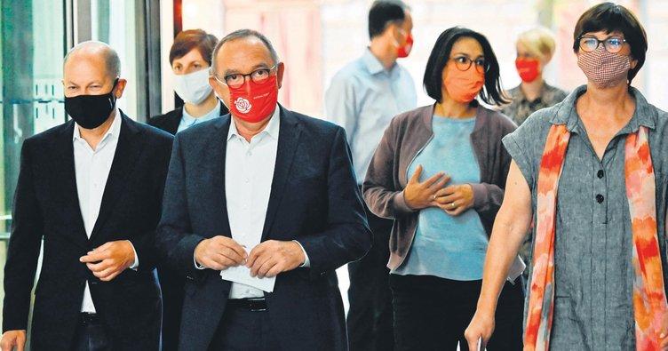 Türk karşıtlığı SPD'yi çökertti
