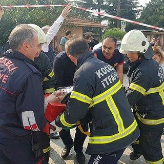 İzmit'te kaza: 5 yaralı var...