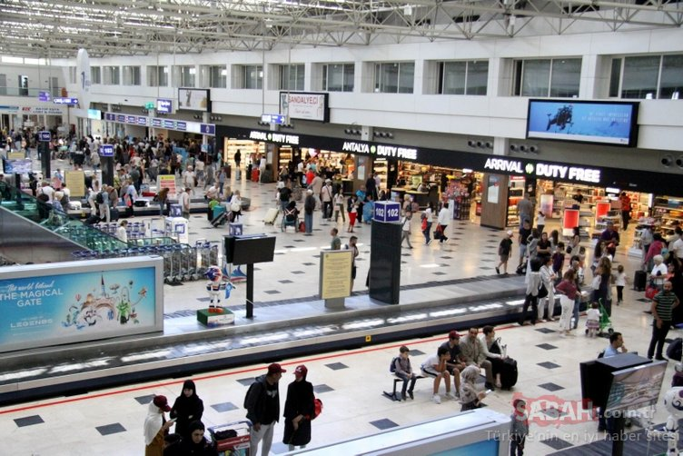 Antalya'da rekor: Turist sayısı 11 milyonu aştı!